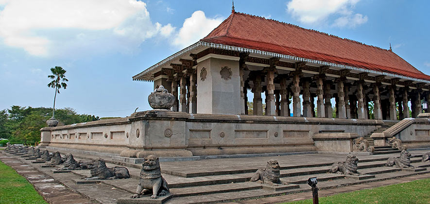 Things to do in Colombo - Independence Memorial Hall Square