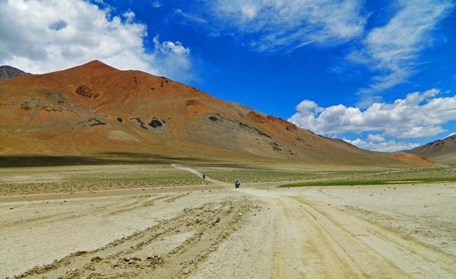 Ladakh Motorcycle Trip - Tso Moriri Lake