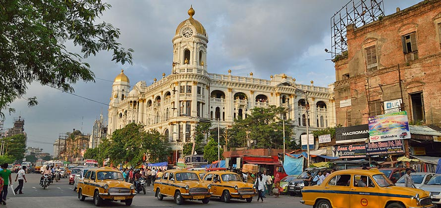 Esplanade Shopping - Things to do in Kolkata