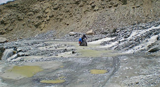 Ladakh Motorcycle Trip - Manali - Leh Highway