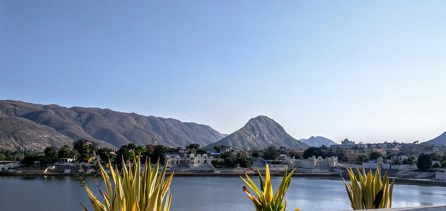 Pushkar Travel Guide - Rajasthan Travel Guide