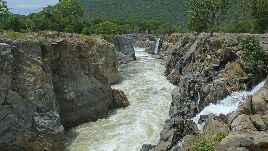 Hongenakkal Falls - Best Day Trips From Bangalore