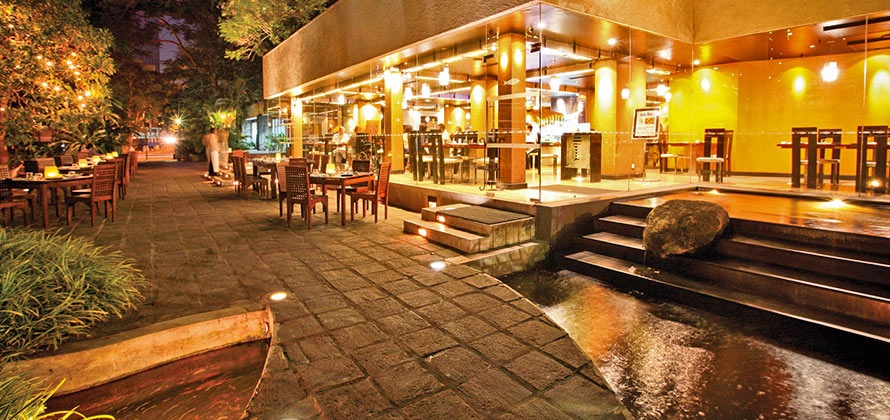 Best Restaurants in Colombo - The Lagoon Colombo