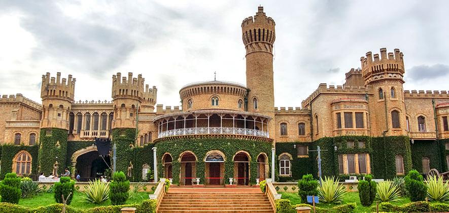 Bangalore Palace - Places To Visit In Bengaluru
