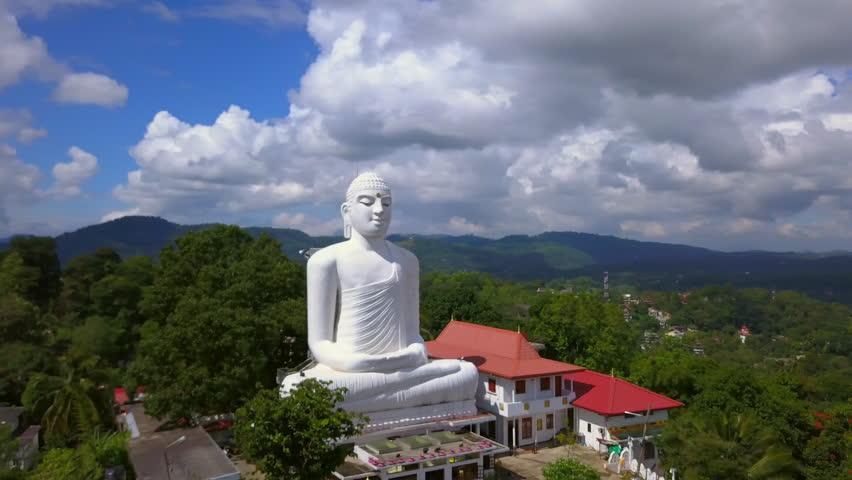 Kandy things to do - Big Buddha Bahirawakanda Vihara Buddha Statue