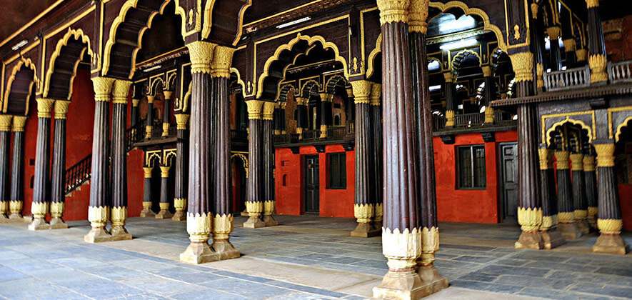 Tipu sultan summer palace - Places To Visit In Bangalore