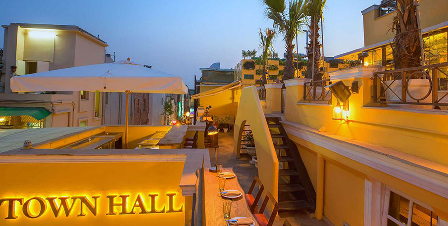 Town Hall, Delhi - Best Restaurants in Delhi
