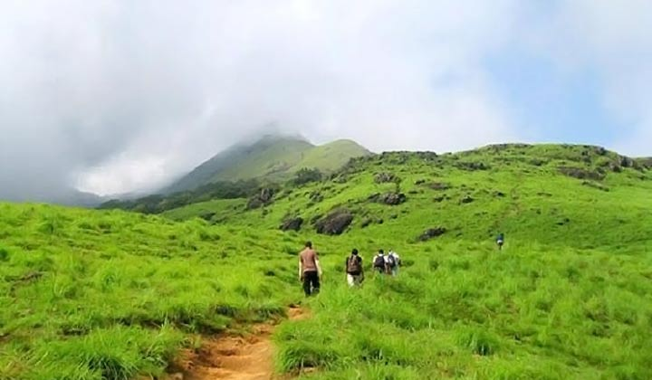 Best Places to Trek in Karnataka - Nishani Motte Trek