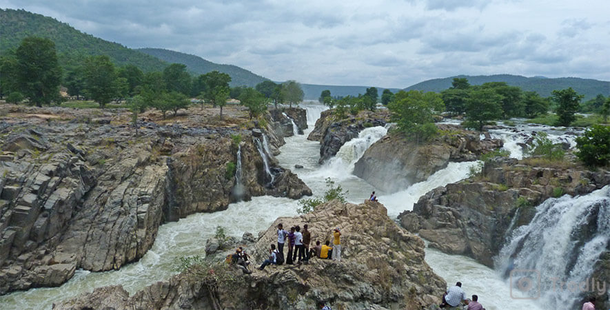 Hikes near Bangalore - Hogenakkal near Bangalore