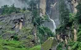 Day Hike to Vashisth Hot Springs & Jogini Water Falls