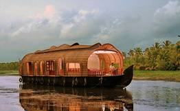 Alleppey Backwater Private Houseboat Cruise