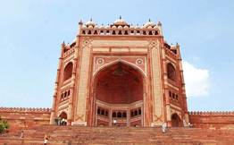 Agra Day Tour from Delhi including Taj Mahal & Fatehpur Sikri