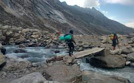 Amazing Solang Valley Hiking & Waterfall Tour