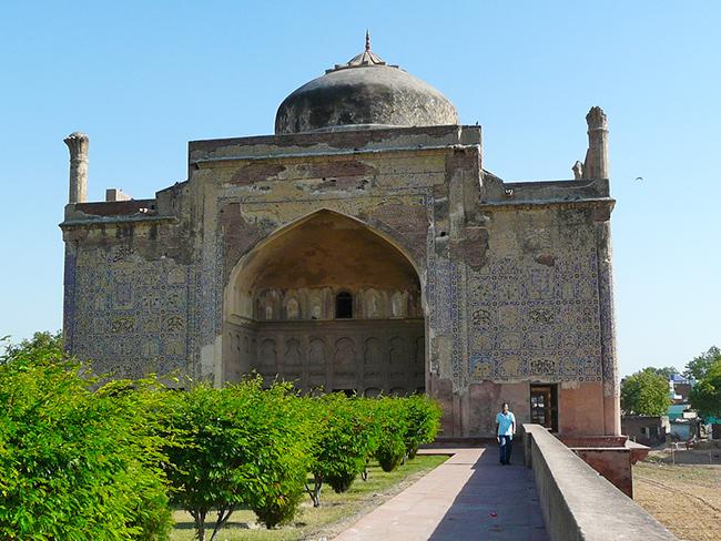 Chini ka Rauza, Agra - Explore Agra