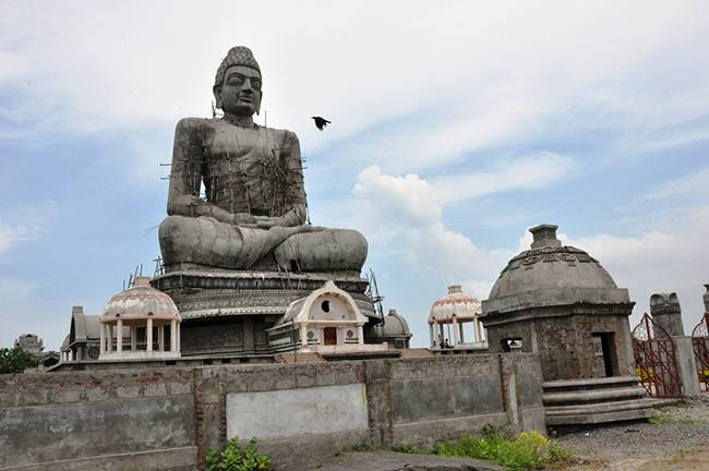Buddhists Holy Places in India: Amravati