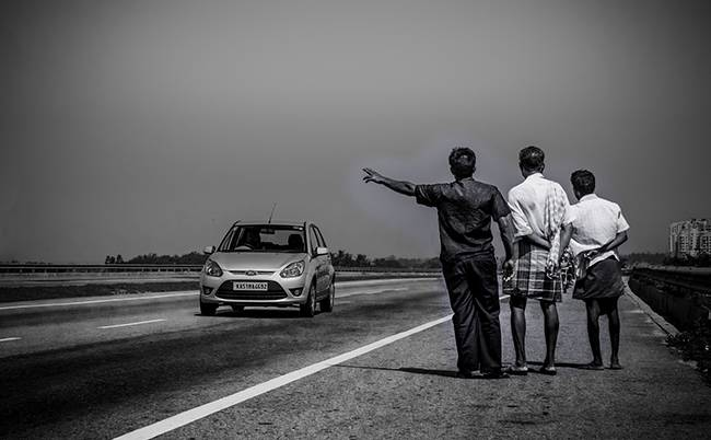 Things To Keep In Mind While Travelling In India: hitch Hikers