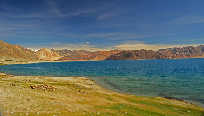 Off the Beaten Path Honeymoon Destinations India : Ladakh