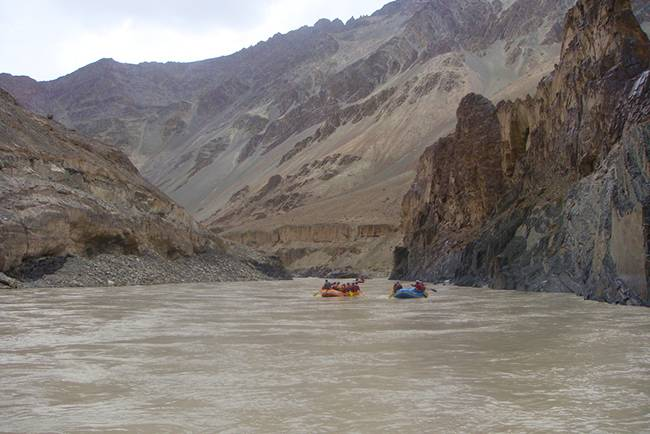 Adventures in India: Rafting in zanskar, Ladakh