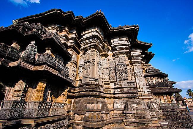 Chennakeshava temple - Temples of Halebidu & Belur