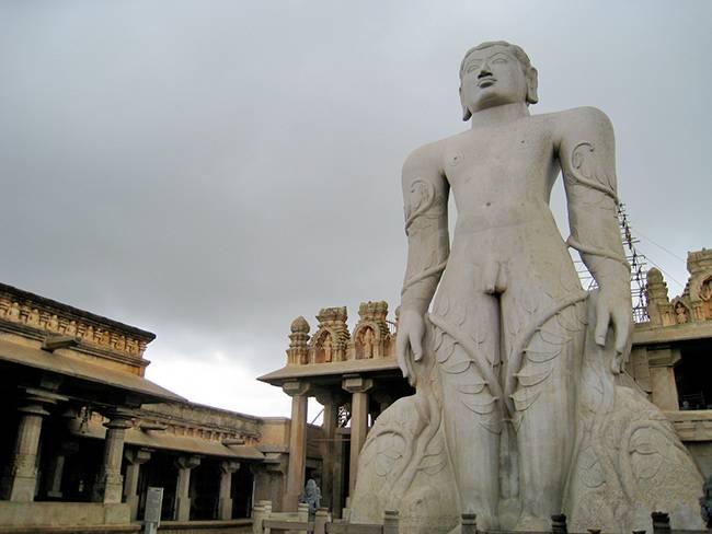Shravanabelagola - Temples of Halebidu & Belur