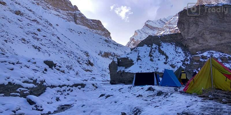 Chadar Trek: Ultimate Guide to Frozen River - Tents
