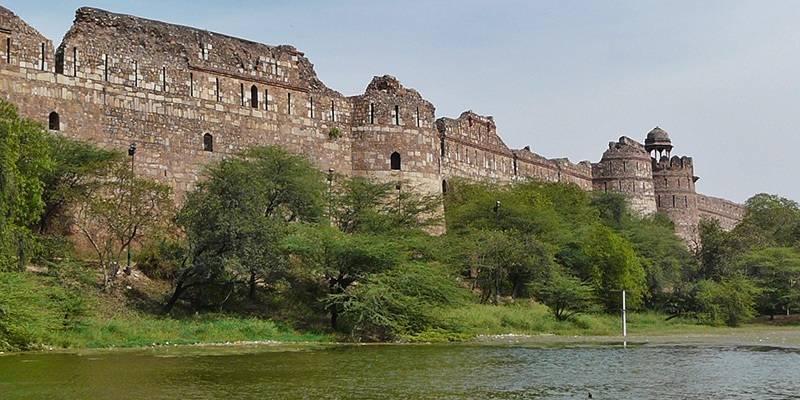 Purana Qila - Magnificent Forts of India