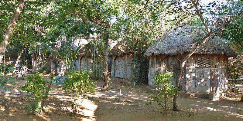 Ultimate Travel Guide to Hampi - Hut Stay River Side