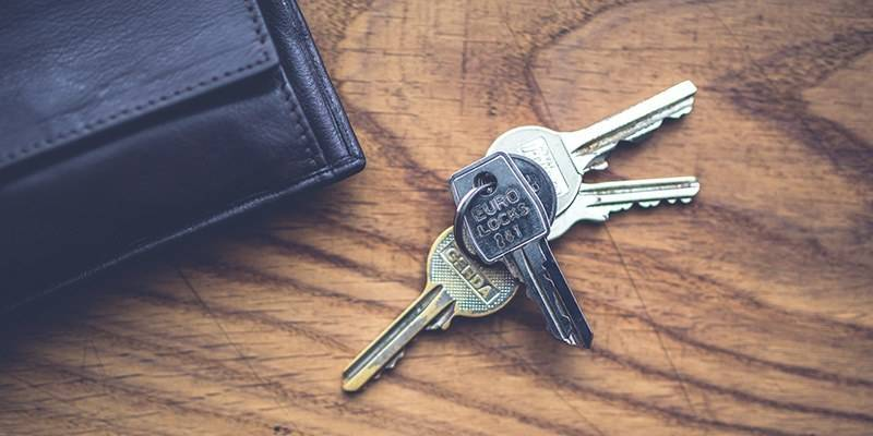 How to Prepare Your Home for a Vacation - Spare Key