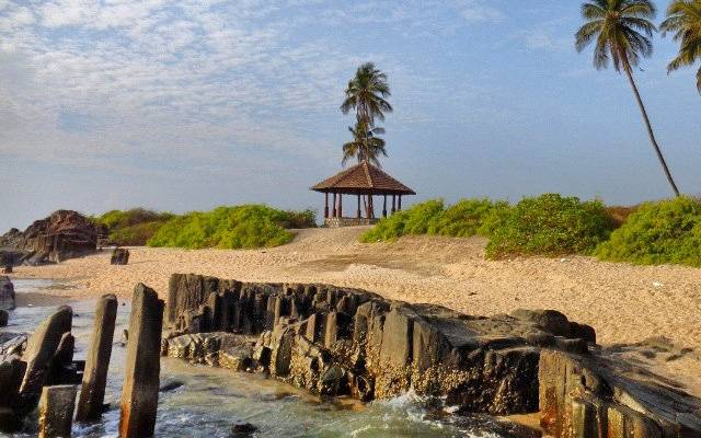 Offbeat Places to Visit in Karnataka: St marys island udupi