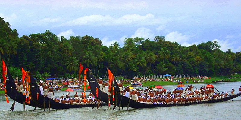 Kerala - Keyhole View of God's Own Country - Snake Boat Races