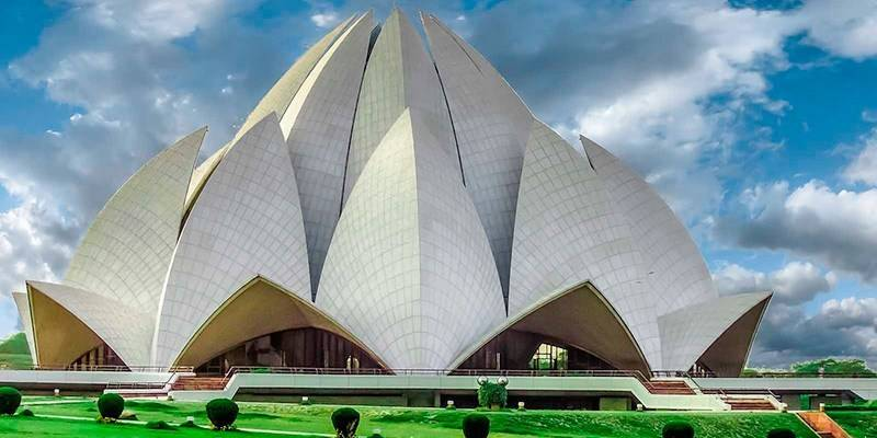 Must-See Landmarks in India - Lotus Temple