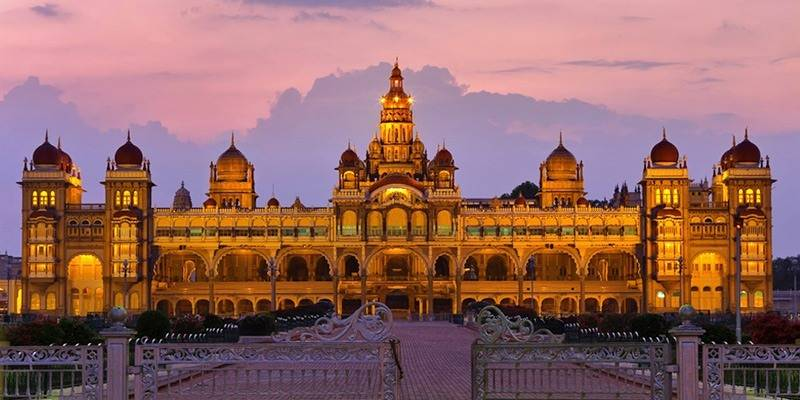 Must-See Landmarks in India - Mysore Palace