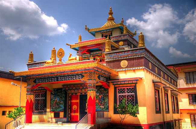 Buddhist Monasteries in India - Namdroling Monastery