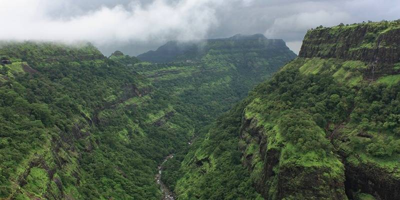 Monsoon destinations in India : Khandala