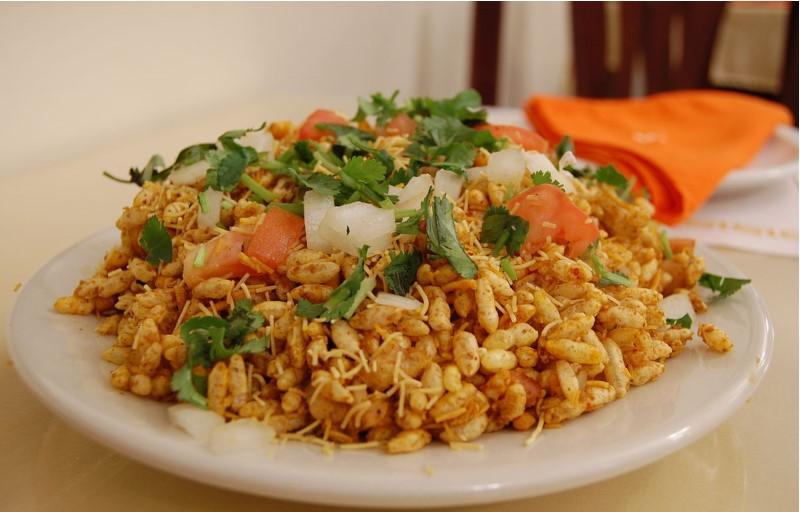Mumbai-street-food-bhel-puri