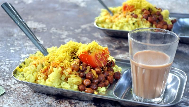 Mumbai-street-food-kandha-poha