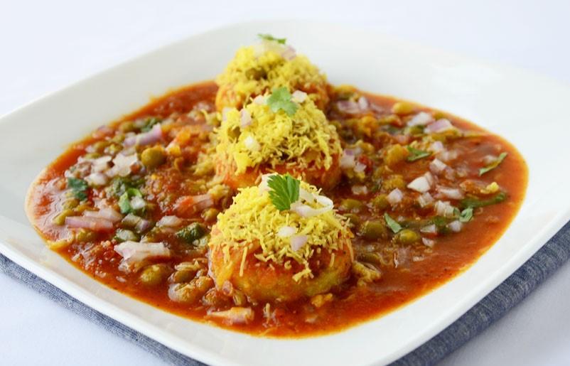 Mumbai-street-food-ragada-pattice