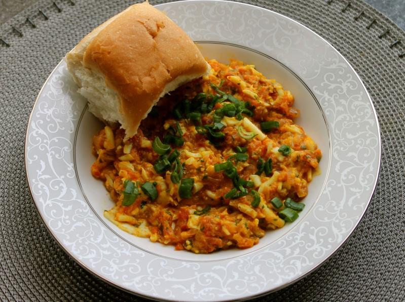 Mumbai Street Food - Anda Pav