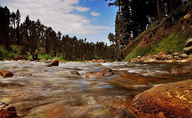 Offbeat Places to Visit in Jammu and Kashmir: Doodhganga