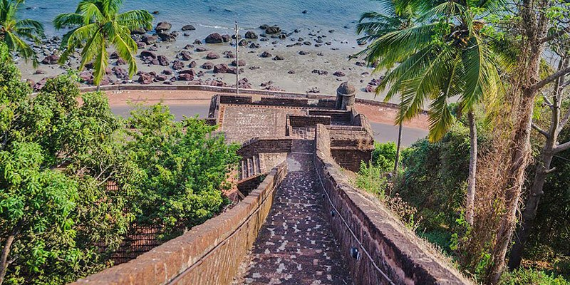 Reis Magos Fort - Places to See in Old Goa