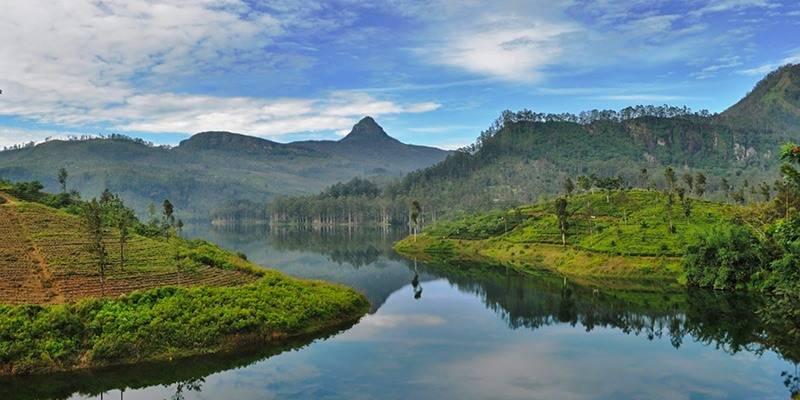 Ultimate Sri Lanka Travel Guide - Climb Adam's Peak