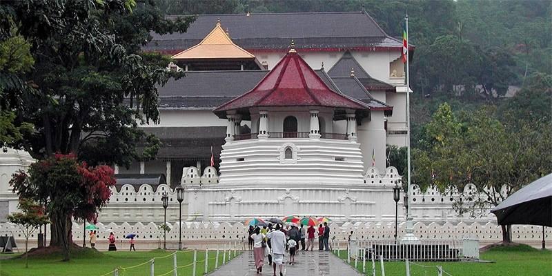 Ultimate Sri Lanka Travel Guide - Kandy