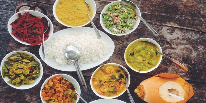 Eat Sri Lankan Food - Things To Do in Sri Lanka