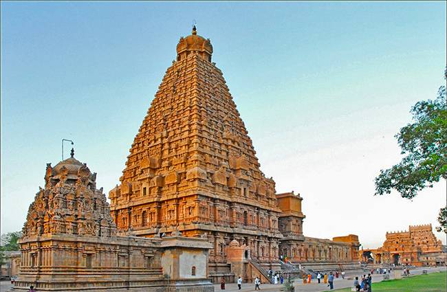 South India Temple - Thanjavur Brihadeeswara Temple