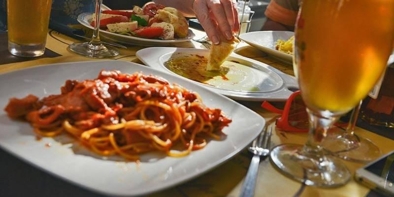 Things to do in Goa - Taste world cuisine