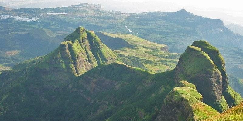 Treks and Hikes around Pune & Mumbai - Kulanggad Fort