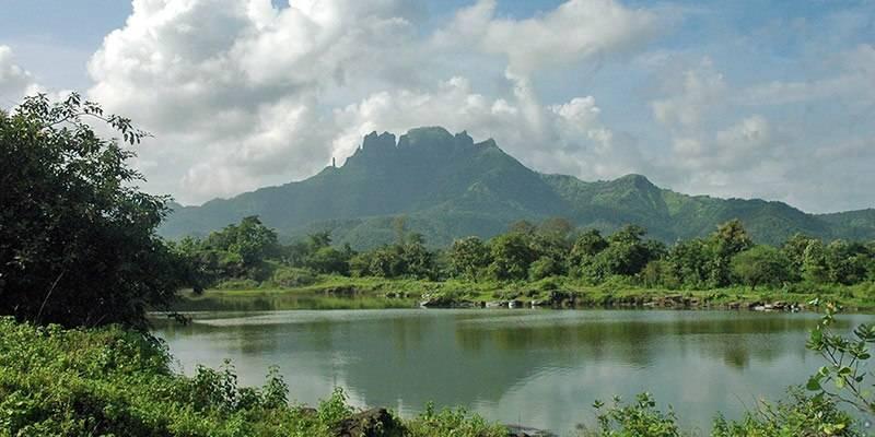 Treks and Hikes around Pune & Mumbai - Mahuli Fort