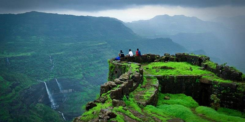Treks and Hikes around Pune & Mumbai - Rajmachi Fort