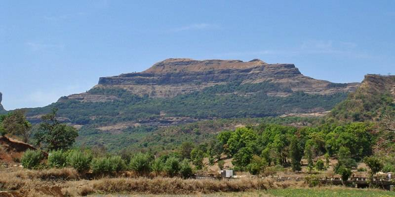 Treks and Hikes around Pune & Mumbai - Ratangad Fort