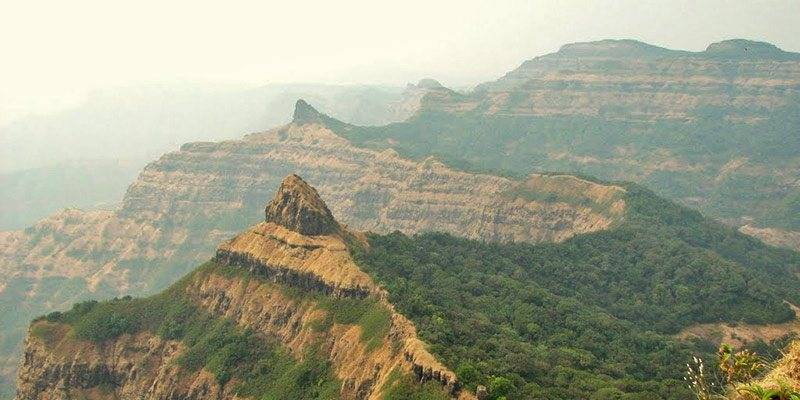 Treks and Hikes around Pune & Mumbai - Vasota Fort